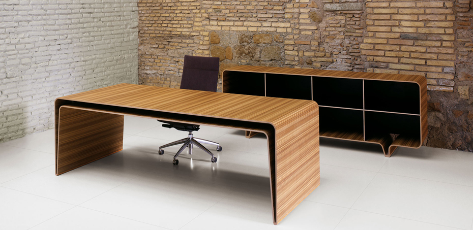 Fabulous Mumbai Design Executive Desk By Castelli Gmtry Best Dining Table And Chair Ideas Images Gmtryco