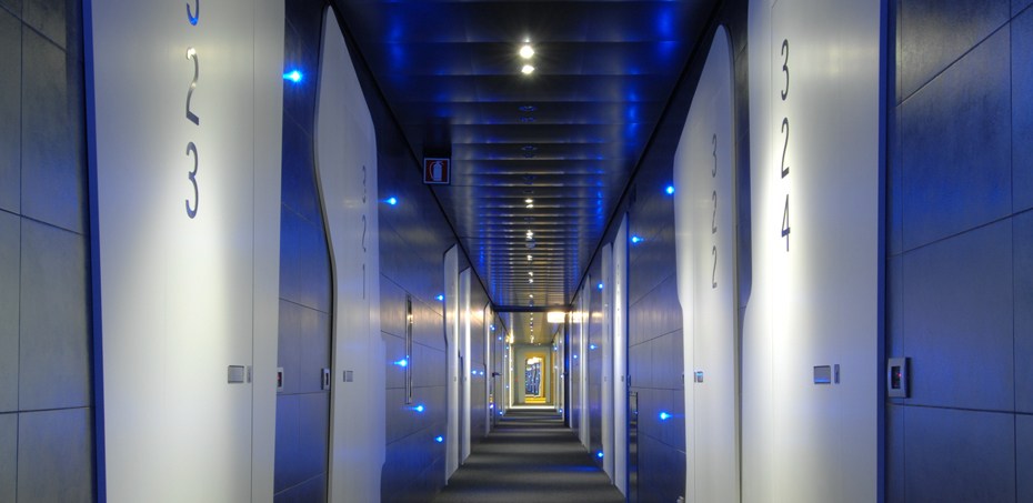 Hotel design doors & Interior Design Doors for Hotels: fire resistance and sound proofing